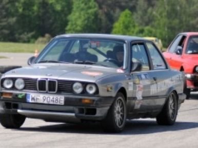 Jazda BMW 318is